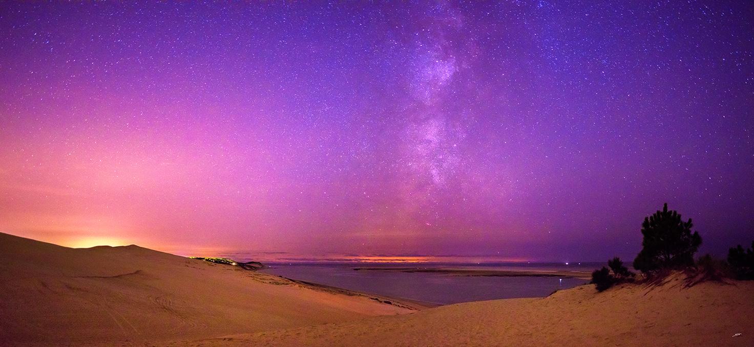 La Dune du Pilat sous la voie lactée photographiée par le photographe du Bassin d'Arcachon Stéphane Scotto