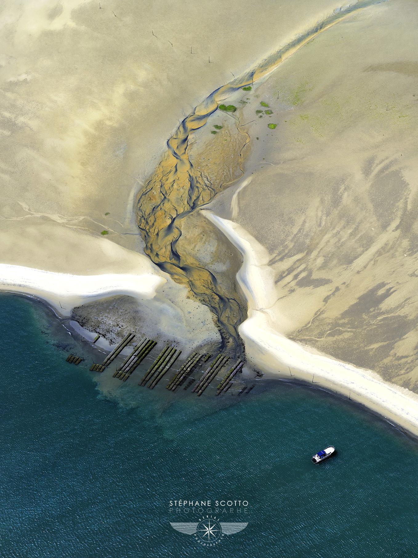 Photo aerienne du banc d'arguin sur le bassin d'arcachon par stephane scotto